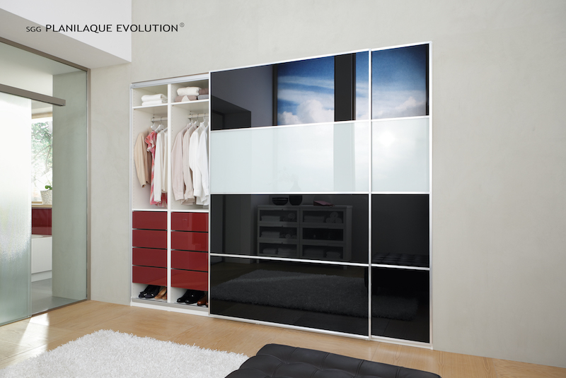 schrank schiebetueren aus glas glastechnik max pauliel gmbh. Black Bedroom Furniture Sets. Home Design Ideas