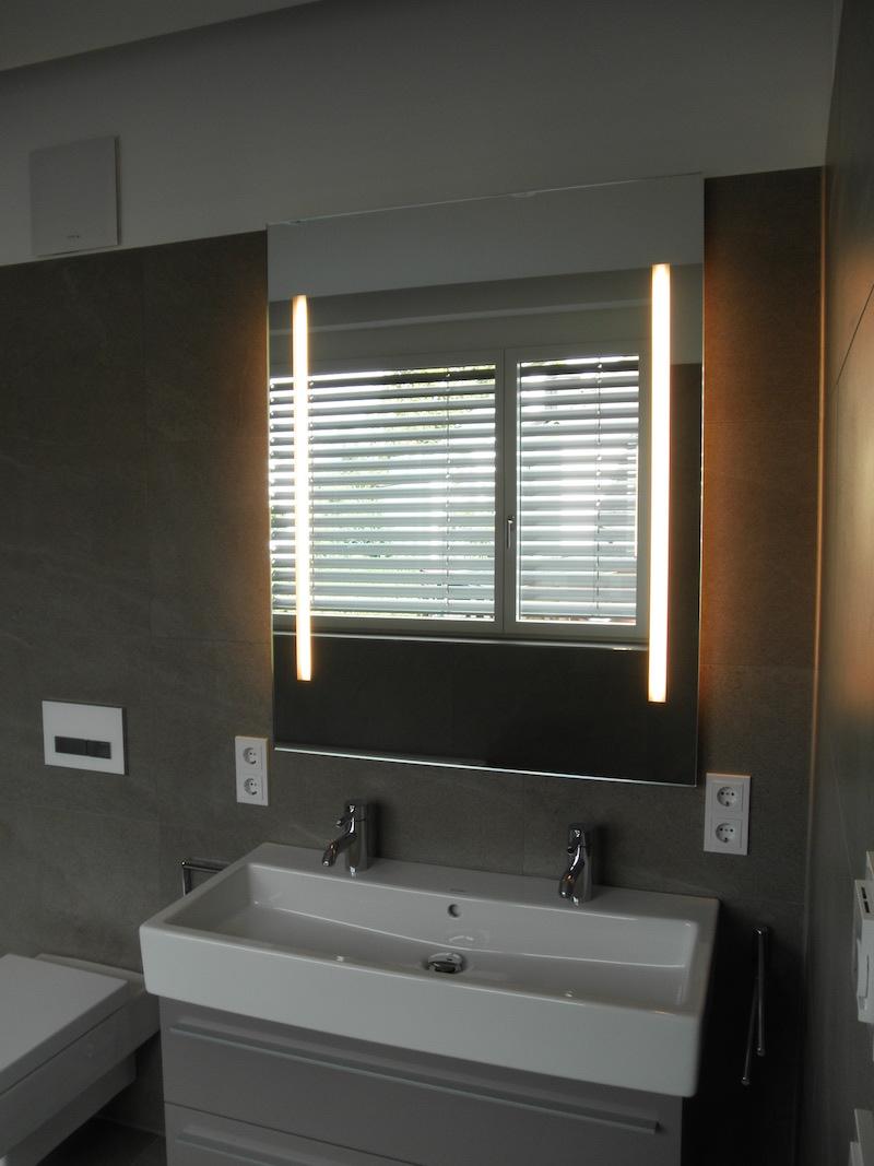 Astounding Spiegel Für Dachschräge Referenz Von Mit Beleuchtung