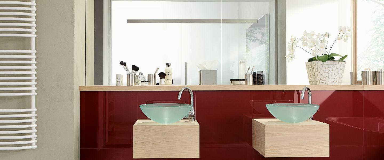 Spiegel, Badezimmerspiegel