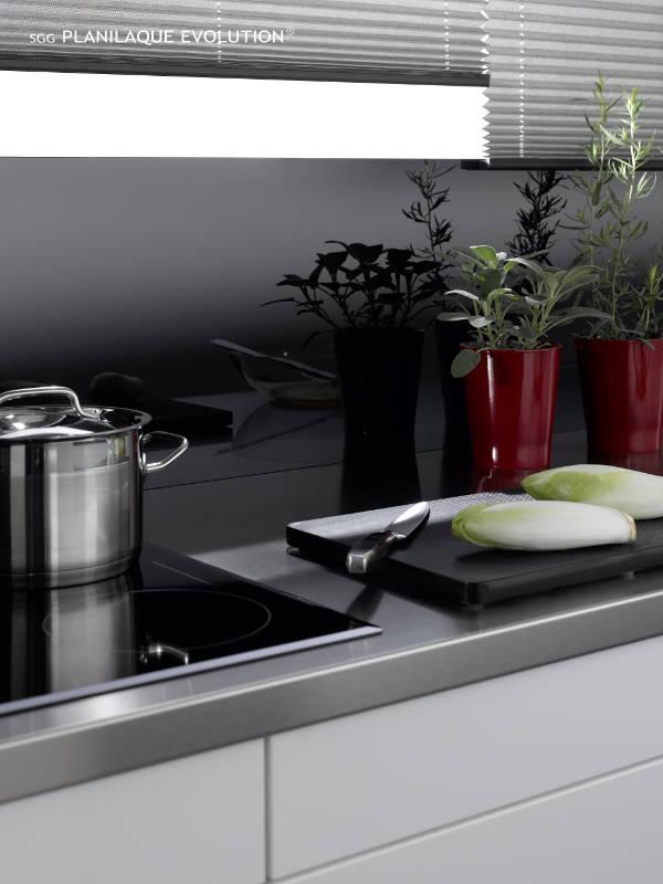 k chenr ckw nde aus glas lackierte gl ser glastechnik. Black Bedroom Furniture Sets. Home Design Ideas