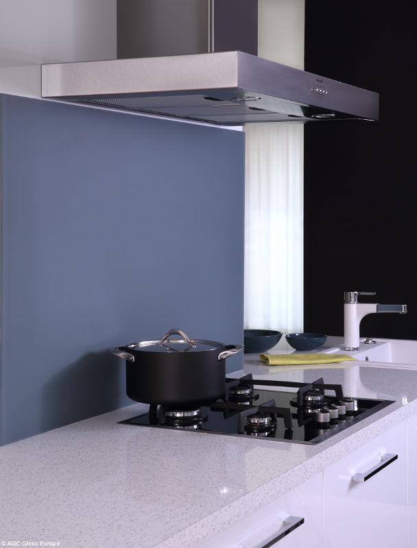 k chenr ckw nde aus glas glastechnik max pauliel gmbh. Black Bedroom Furniture Sets. Home Design Ideas