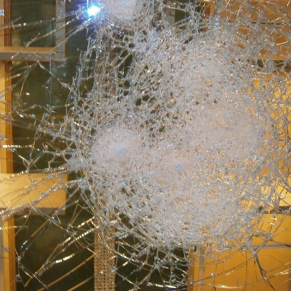 Glas-Reparaturservice bei Einbruch, Vandalismus und Glasbruch